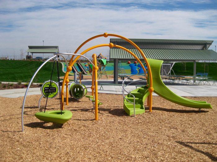 hillside-park-weevos-playground